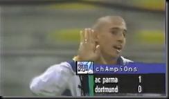 Borussia goal Crespo