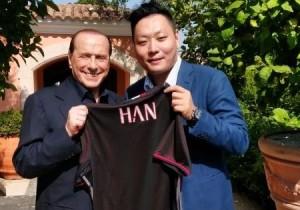 Silvio_Berlusconi_Han_Li foto Pianeta Milan