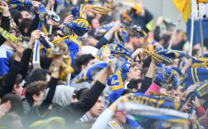 tifosi crociati al mapei stadium 16 02 2020