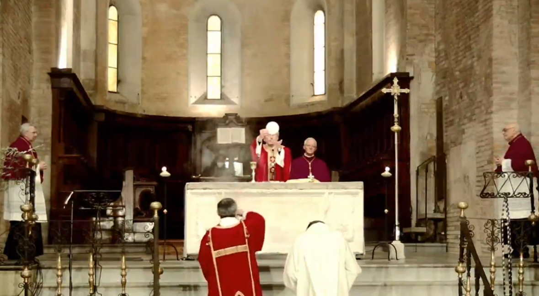 vescovo fidenza preghiera eucaristica